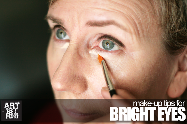 make-up for bright eyes