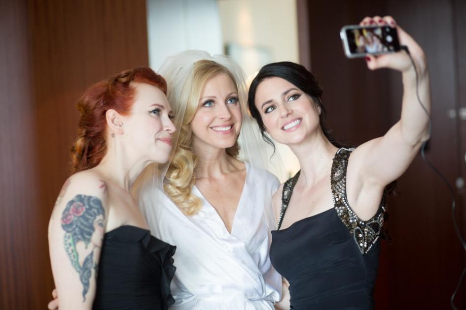 ERIKA-KYLE-128(pp_w945_h630)Bridal Beauty by Rhia Amio Toronto Make-up Hair Artist artistrhi